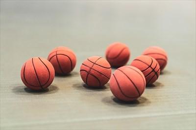 バスケットボールの選び方~サイズと素材~