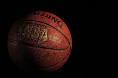 バスケットボールのメーカー