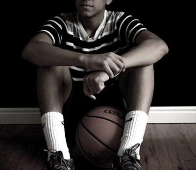 バスケの練習や試合でボールが滑るとお困りなら~ボールが滑らないスプレー「Grip-Spray」~